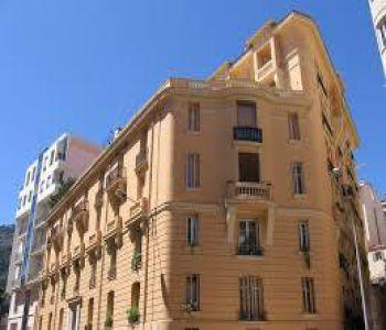 4 pièces Immeuble Bourgeois - Usage Mixte -