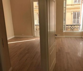 RUE PLATI : 2 ROOMS APARTMENT RENOVATED