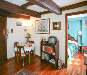 ONE BEDROOM FLAT  SEASONAL RENTAL