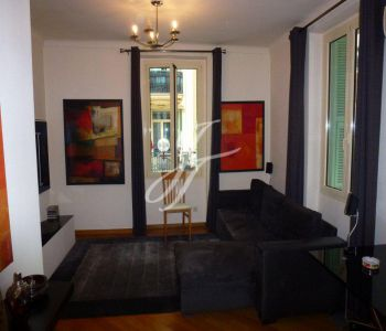 Condamine - Place d'Armes - 1 bedroom - mixed use