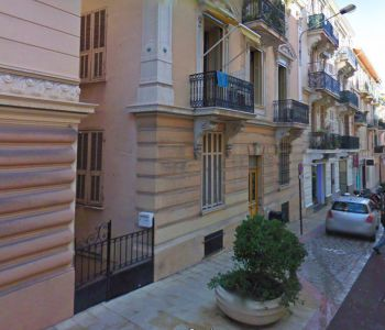 La Condamine ' Bureaux rénovés ' 60 m²
