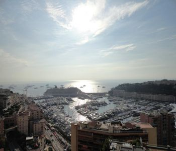 Harbour Lights Palace - Large 3 bedroom apartment