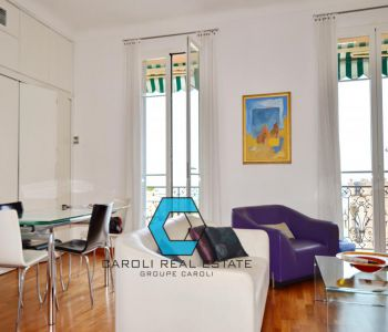 LARVOTTO - 2 ROOM APARTMENT - BOURGEOIS BUILDING