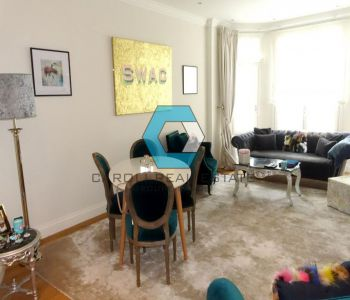 BOULEVARD DES MOULINS - 3 Rooms - 140 m²