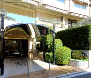 ROC FLEURI - Large 4/5 rooms - 2 Parkings et cave