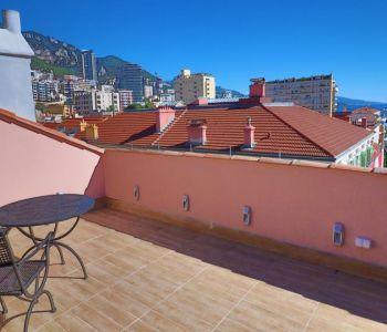 duplex ristrutturato di 180 mq, 2 terrazze vista mare