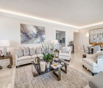 LUXURIOUS 2 BEDROOM APARTMENT