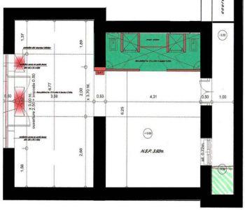 Bureau / local avec vitrine - Condamine