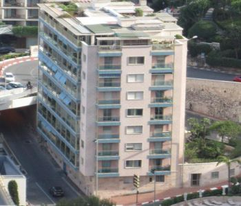 Spacious 2 bedroom Apartment - Golden Square - view on the circuit Grand Prix F1