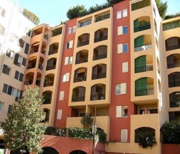 Office with with outdoor showcase for sale - Fontvieille - quiet area