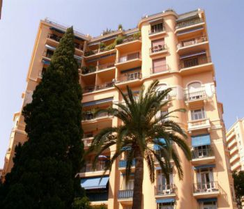 Renovated penthouse - Palais du Printemps - city and sea views