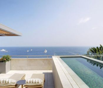Penthouse overlooking the beaches - 6 rooms