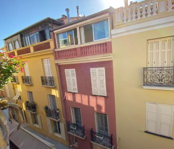 MONACO VILLE  - 3 ROOMS - TO BE RENOVATED