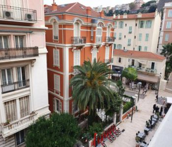 Large 2 rooms in the heart of Condamine Monaco