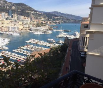 Monaco Ville - Furnished 2-bedroom apartment with beautiful harbor view