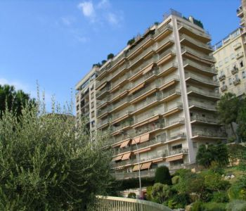 BIG 2 BEDROOMS APARTMENT ON SALE IN THE HERSILIA