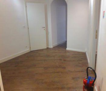 Monaco / Grande 2-3 stanze appartameto rinnovato per uso misto