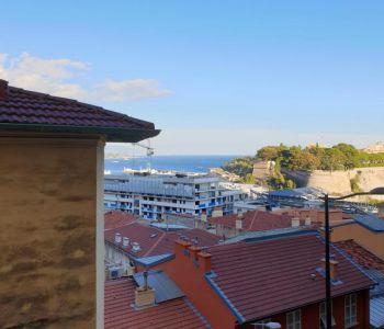 Monaco : studio transformable en 2 pièces vue mer