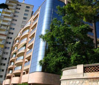 Monaco / Cave saine / Villa Annonciade
