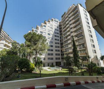 Monaco / Agréable studio avec balcon
