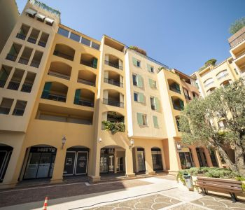 Monaco / Botticelli / mixed use 1 bedroom apartment