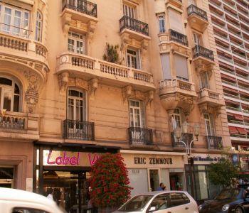 Monaco / Bd des Moulins / 2 bedroom apartment free of law