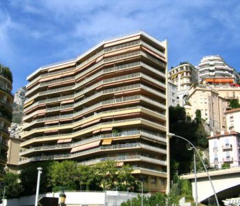 Monaco / Studio in good conditions located close to the Harbour