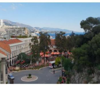 Monaco / Condamine / mixed use 1 bedroom flat
