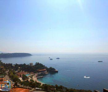 Monaco/ 3 pièces rénové avec splendide vue mer