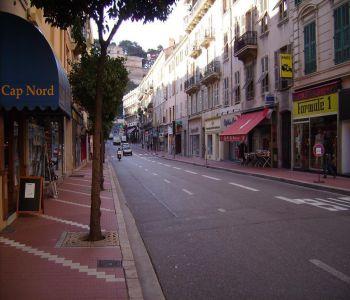 Monaco / Condamine / Grande Cave avec bonne rentabilité de 2,2 %