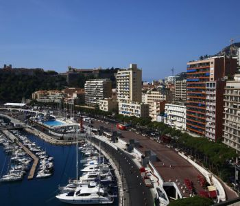 2 rooms renovated in the heart of Monaco
