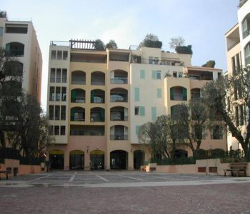 FONTVIEILLE - FURNISHED STUDIO - MIXTE USE
