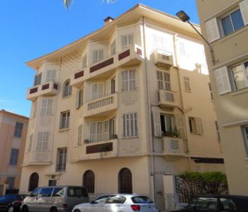 4 BEDROOMS APARTMENT RUE HONORE LABANDE