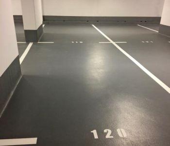 RARE : Bloc de 4 grands parkings   (5,20 m x 10,5 m)