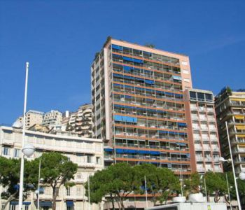 2 roomed apartment fully renovated and furnished on the port