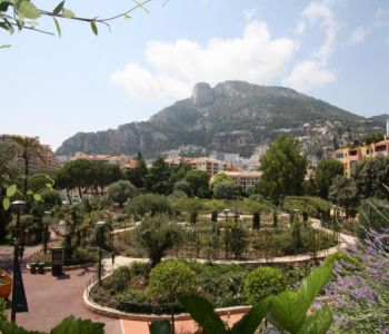Large 3/4 bedroom apartment - Fontvielle
