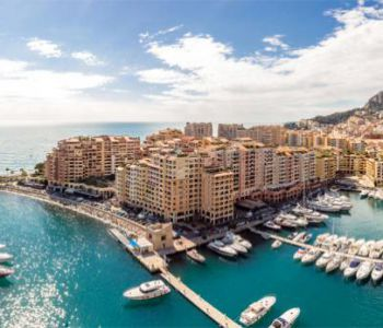 PARKING IN FONTVIEILLE
