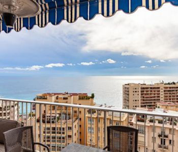 Renovated, furnished 3 roomed apartment with panoramic sea view