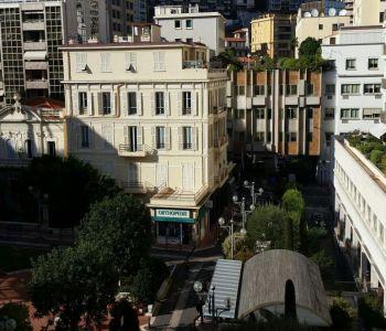 1 bedroom apartment or office in La Condamine