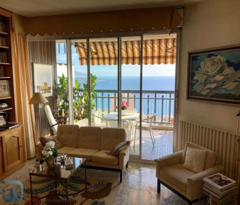 Large studio with beautiful sea view