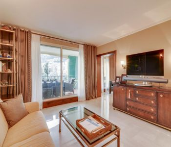 Two bedroom apartment tastefully refurbished in Fontvieille