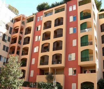 FONTVIEILLE TITIEN 63 m² LOCAL WITH WINDOW