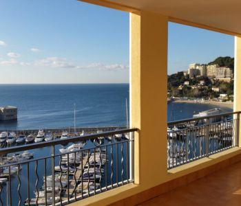 Appartement luxueux au bord de mer