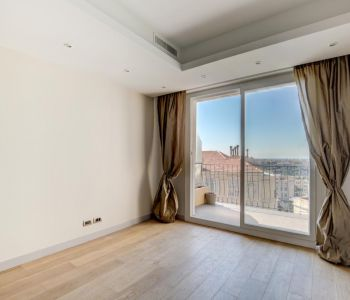 Monte Carlo - Lovely refurbished  2-room apartment
