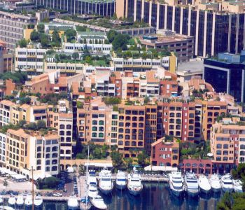 Fontvieille area - Building facing the sea
