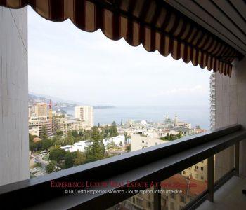 Golden Square - panoramic views
