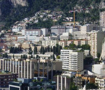 SPACIOUS OFFICE - FONTVIEILLE AREA