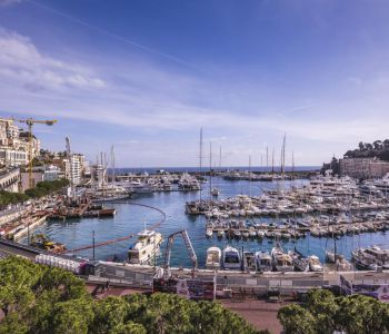 Luxuriously renovated studio flat - Grand Prix View