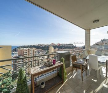Rare 3-4-room flat with Sea, Port and Rock views