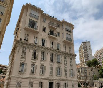 4-room penthouse - Bourgeois Building